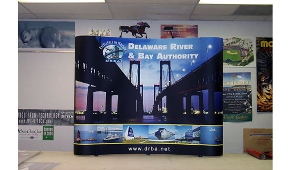 Magnetic popup display system